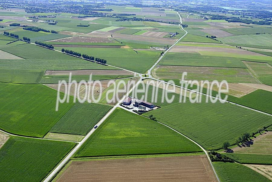 01agriculture-ain-3-0816
