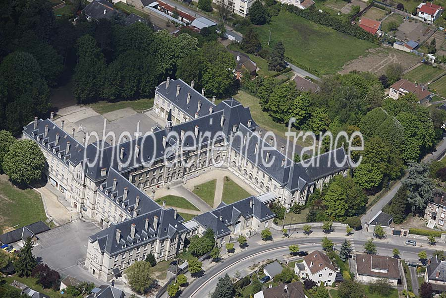 Photo a rienne soissons 3 aisne paf for Buro 02 soissons