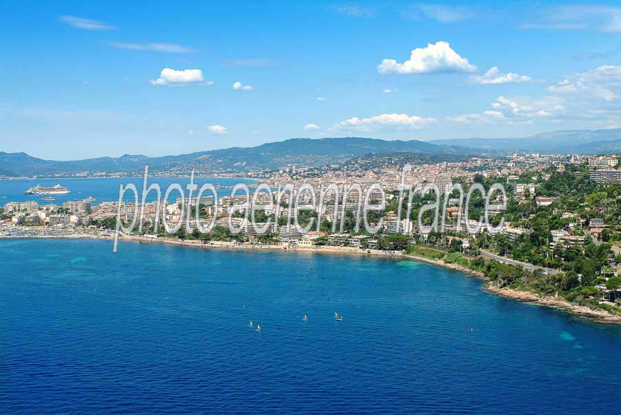 06cannes-27-0704