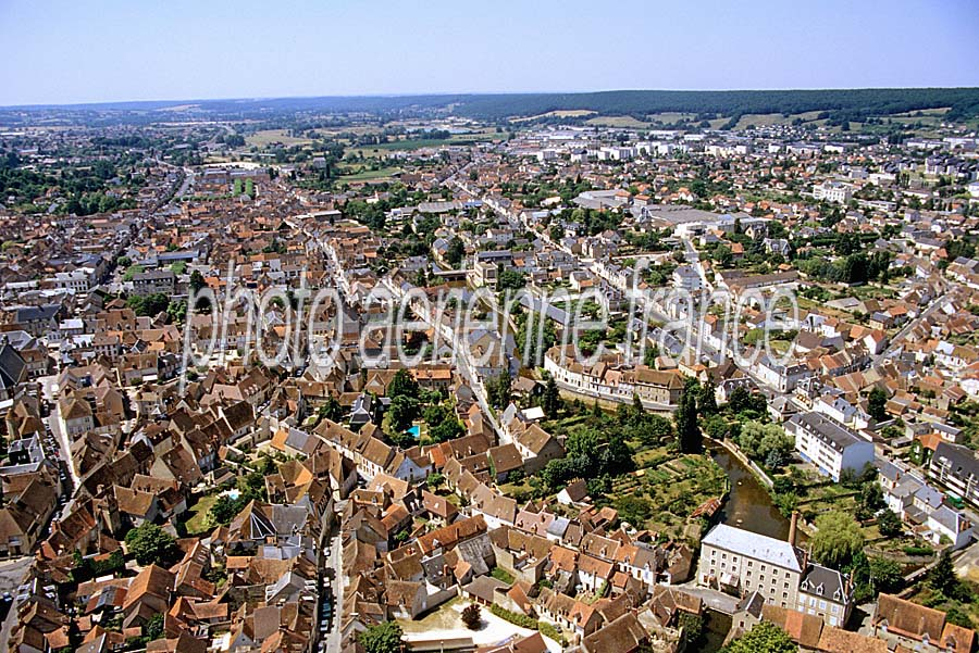 Photo a rienne saint amand montrond 1 cher paf - Office de tourisme saint amand montrond ...