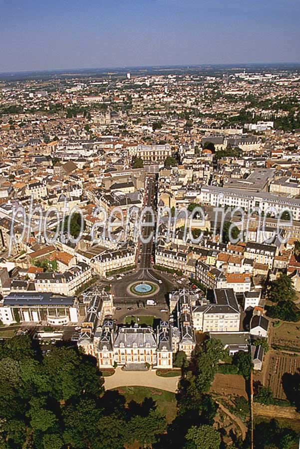 Poitiers vue du ciel for Plan de la vienne 86000